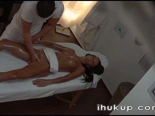 Masaje se convierten en algo agradable ihukup com