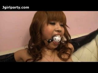 Japan lady atado y tiene su coño burlado