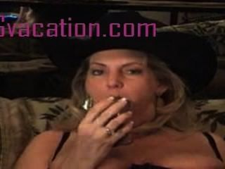 Vaquera hace video amateur de su pleasuring ella