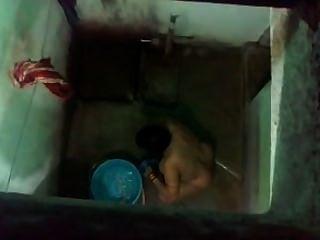 Espía indio en mi mamá real en el baño parte 1