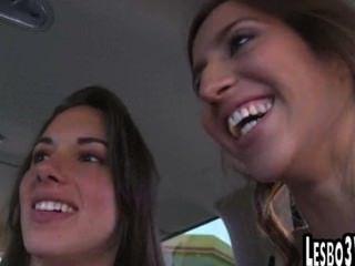 Grandes teens adolescentes lesbianas obtener sus coños dedos