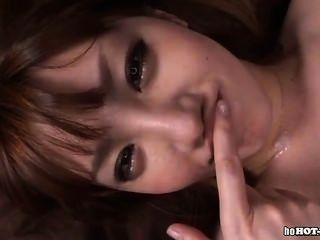 Chicas japonesas se masturban con la esposa caliente en office.avi