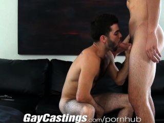 Gaycastings lindo peludo actor dispuesto a hacer porno por dinero en efectivo