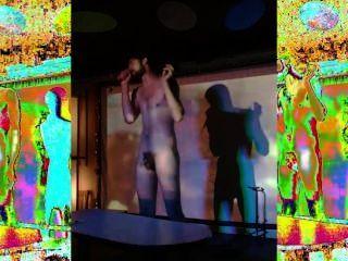 Kool cráneo desnudo vivo en habesha, pdx, usa 5 18 2014