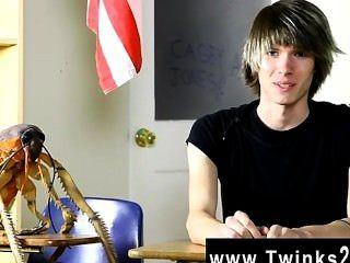 Gay gay young casey jones es legal años de edad y nuevo en la escena porno!