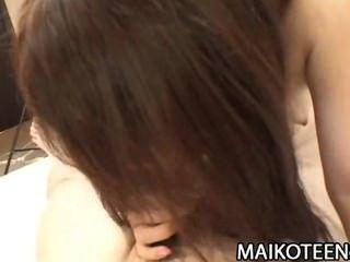 Shiori shimizu peludo coño japón adolescente aprendizaje polla montar