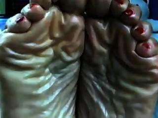 Extremadamente carnosos pies jugosos aquí