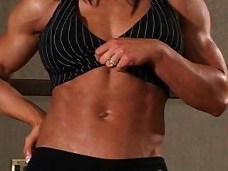 Chica músculo debbie