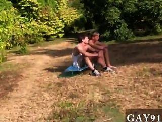 Gay esta semana subordinación cuenta con una versión alternativa de un