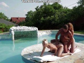 Sexy aventura en un caluroso día de verano