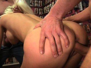 La sexshop ep2.Caroline de jaie