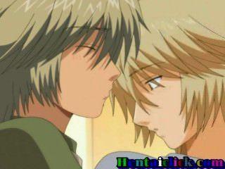 Hentai gay boy es llevado por detrás por su apuesto amigo a primera hora