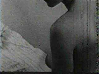 Softcore nudes 131 de 40s a 60s escena 1