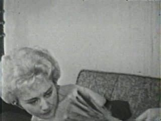 Softcore nudes 131 de 40s a 60s escena 3