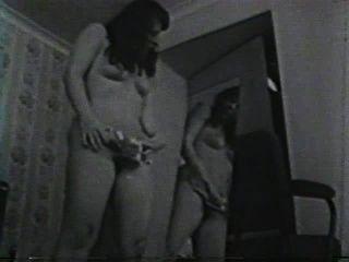 Softcore desnudos 582 50s and 60s escena 3