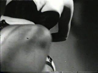 Softcore desnudos 565 40s y 50s escena 2