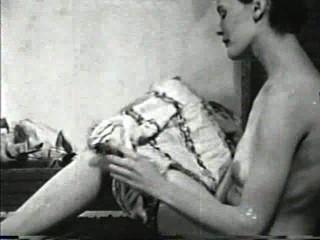 Softcore desnudos 565 40s y 50s escena 4