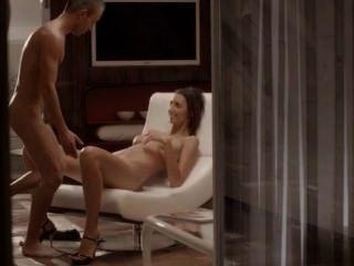 Sexo de lujo con el bebé sutil en una silla