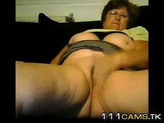 Mujer madura madura se masturba en la charla de sexo libre.Chat sexy 111cams.tk