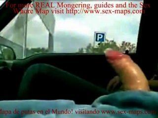 Jodiendo una prostituta de estacionamiento