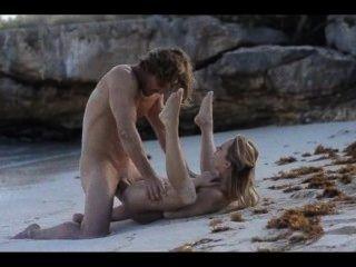 Sexo extremo del sexo de la pareja caliente en la playa