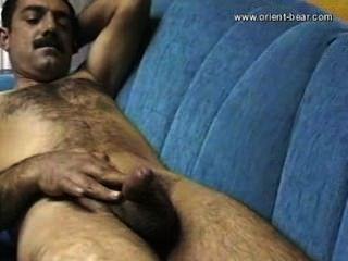 Mustafa oso oriente