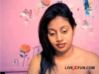 Chica india tímida listo webcam en vivo diversión sexual