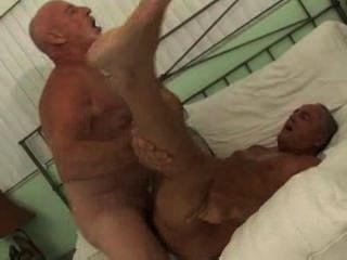 Pelirrojo caliente hombre sexo poolboy parte 1