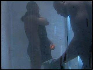 Reality show semi en la ducha