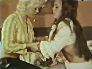 Lesbianas peepshow loops 588 60s y 70s escena 1