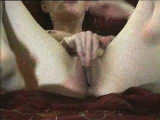 Amateur chasey muestra puños su coño increíble
