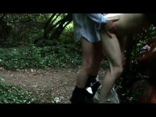 Anon, los extraños me follan en el bosque, tomando 14 cargas, trayendo la casa de guy