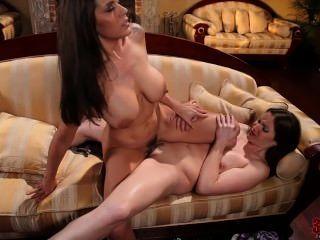 Lesbianas samantha ryan y raylene