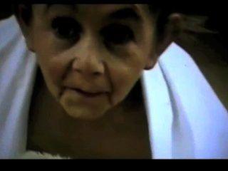 Hermafrodita abuelita enana perversa por satyriasiss