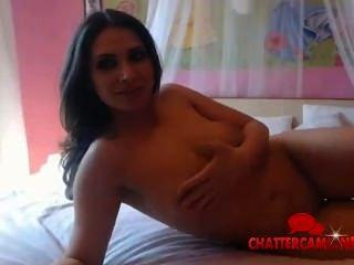 Chica desnuda me seduce bailando