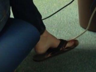 Franco flip flop flip shoeplay colgando de los pies 4