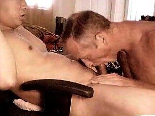 Puta masturbadora