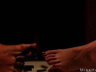 Chicas calientes en la esclavitud fuerte azotado