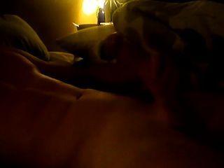 Chico sexy str8 chirriando en cam./