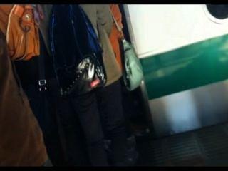 Gropers reales en el tren japonés 1