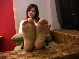 Sexy soles pies chino adolescente