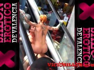 Silvia rubi y ivan dan fuck en las escaleras mecánicas de sev2013 by viciosillos.com