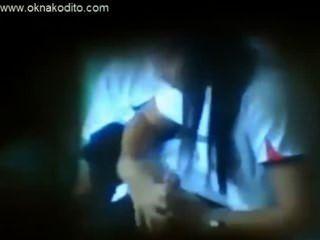 Sexo adolescente aficionado atrapado en la cámara espía oculta