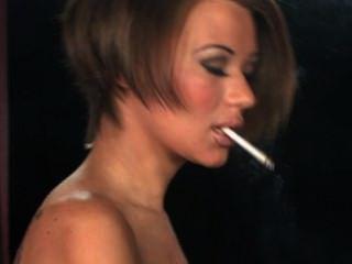 Becky fuma ii