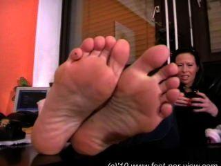Calcetines y pies nina fuzzy