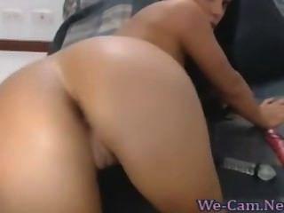 Grandes tetas naturales morena camgirl masturbates juguete caliente webcam show