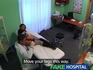 Fakehospital perfecto busty adelgace paciente ama a los doctores gallo cura