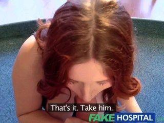 Fakehospital busty nuevo miembro del personal chupar y joder para el trabajo