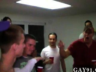 Gay twinks estos hombres son bastante ridículo.Obtuvieron a estas dos personas que