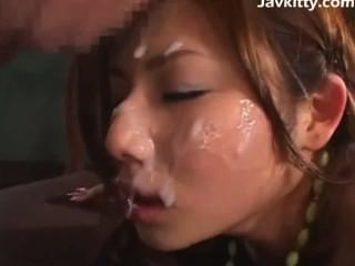 Japan hot babe buena puta y corridas